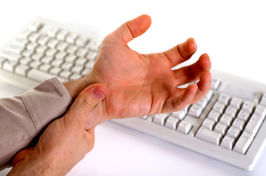 Is Your Wrist Pain Caused By Carpal Tunnel Syndrome or Something Else?