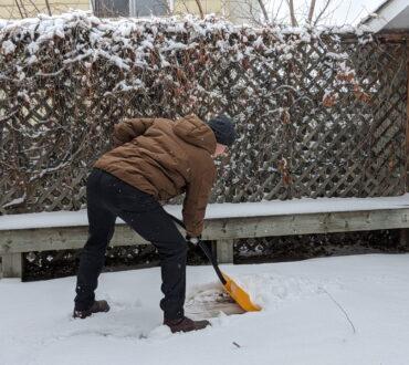 Best Tips For Snow Shovelling Safely