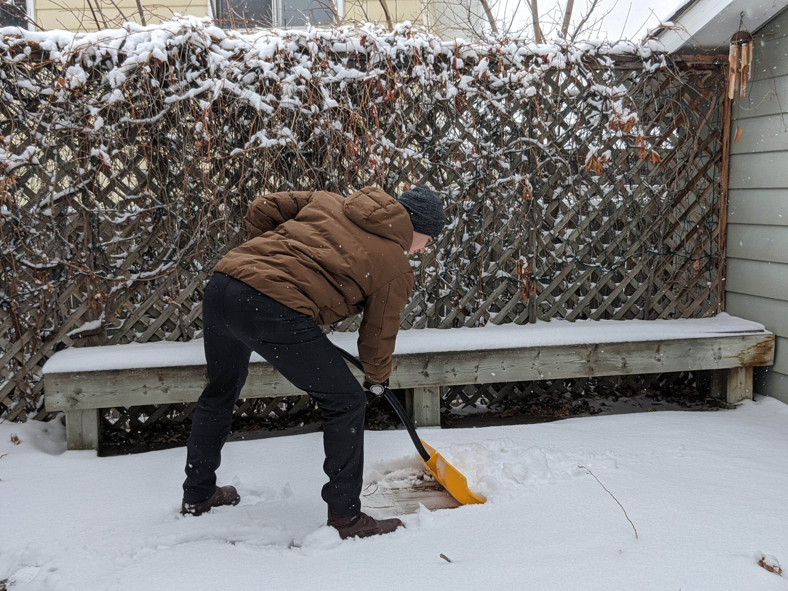 Best Tips For Snow Shovelling Safely